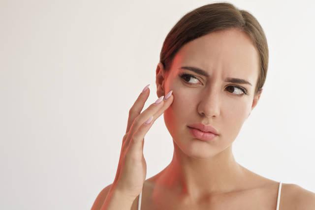 鼻の角栓を取る正しい方法は?角質が詰まる原因やNGケアも詳しく紹介