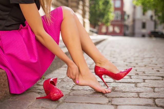 結婚式の靴の色やデザインの選び方!マナーとしてOK・NGラインを調査!