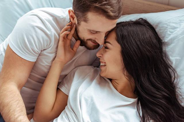 彼氏が大好きな女性の特徴や行動!幸せにしてくれる男性と長続きする秘訣も解説