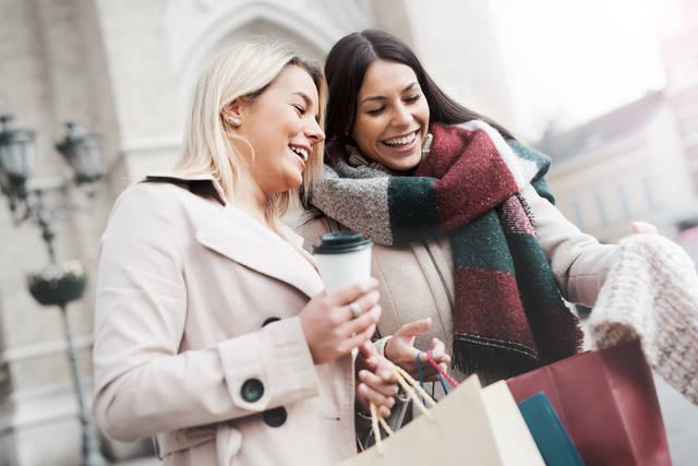 冬コーデは大人可愛い着こなし43選!秋冬のおしゃれファッションのポイントは?