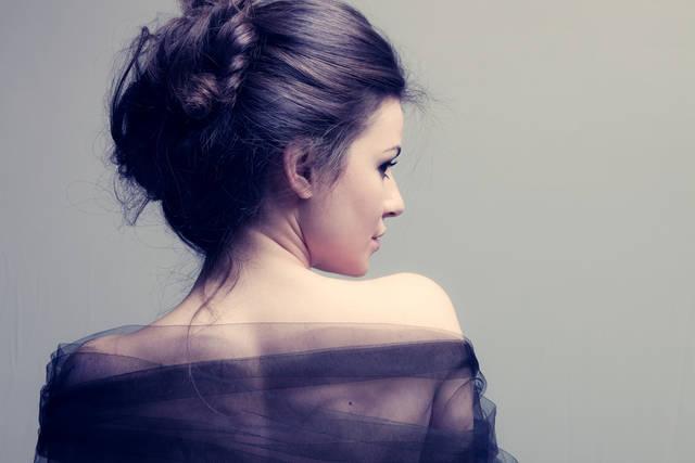 髪色は暗めが流行り!人気&おすすめのトレンドヘアカラーを徹底解説