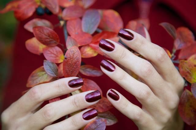 秋ネイルはセルフで出来る!簡単なやり方と人気のおしゃれなデザインを紹介
