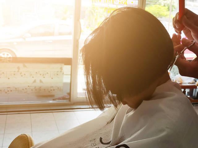 ぱっつんボブが可愛い!トレンド感抜群のヘアスタイルが似合う人の特徴