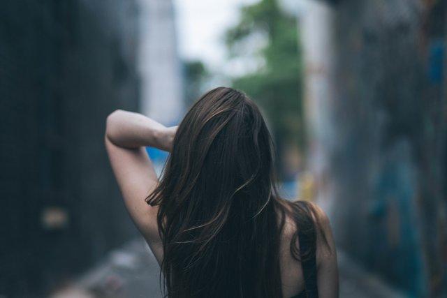 黒髪ロングの大人可愛いヘアカタログ!前髪あり前髪なしなどスタイル別に紹介