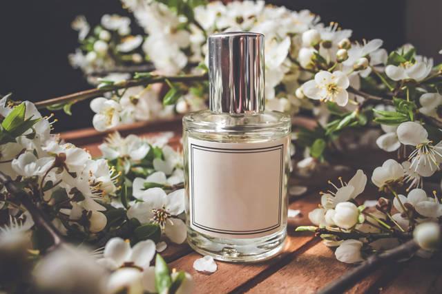 クロエの香水で女度を高めよう!おすすめの香り人気ランキングTOP10!