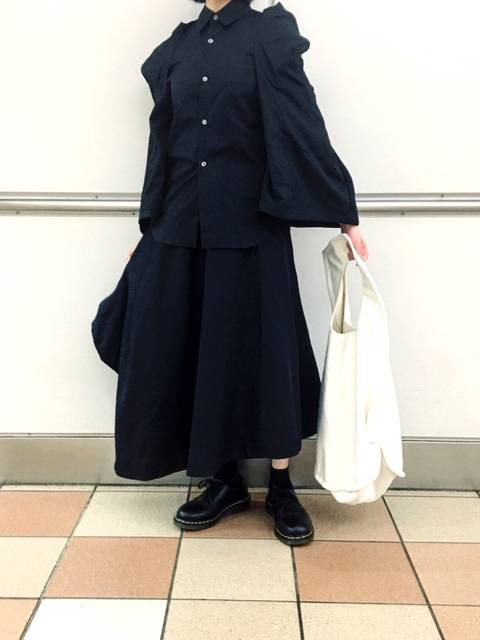 COMME des GARCONS黒シャツコーデ②