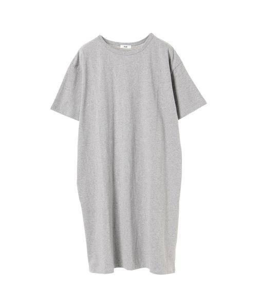 グレーのTシャツワンピ