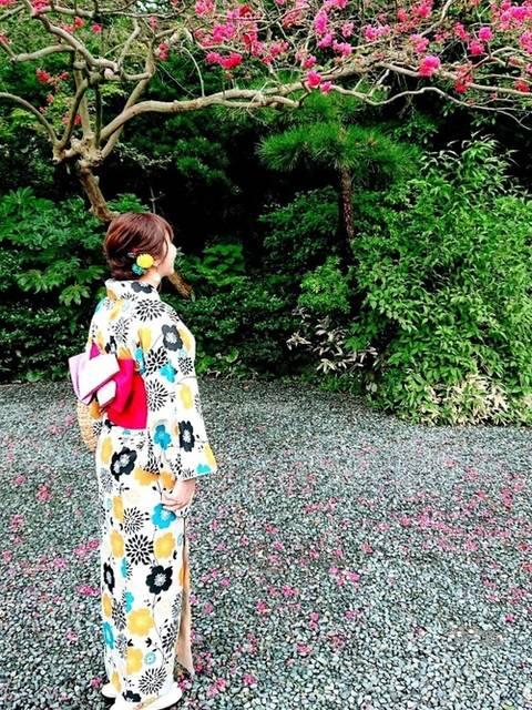 花柄の浴衣コーデ
