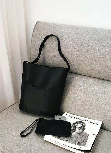 1b2d543200af5 結婚式のサブバッグでおすすめやNGは?大きさや色や素材でマナー違反は ...