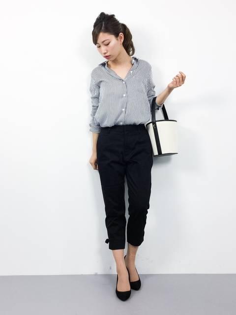 ROPE' PICNICの裾リボン黒パンツ春コーデ
