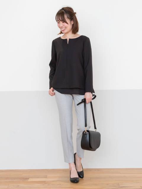 レディース人気ブランドNATURAL BEAUTY BASICキーネック黒シャツ