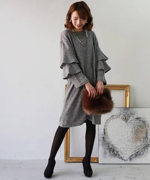 REAL CUBEの50年代ファッション風Hunchラッフルスリーブワンピースコーデ
