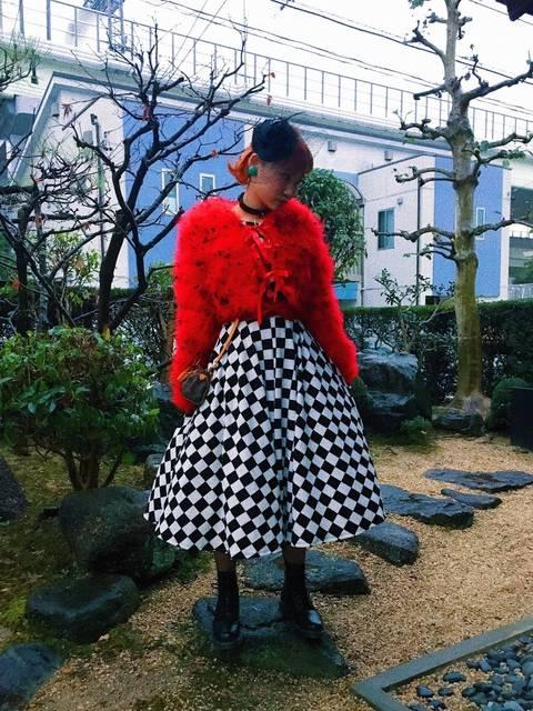 古着のスカートを使った50年代ロカビリーファッション風冬コーデ