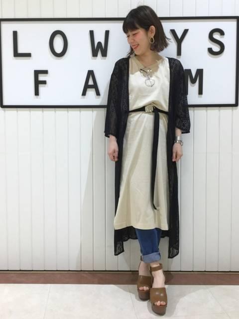 LOWRYS FARMのベルトとワンピースコーデ