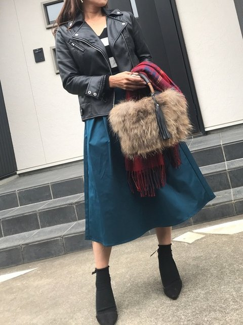 あっきーな Fashion Letterのライダースジャケットを使ったコーディネート - WEAR (282070)