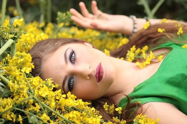 Girl Flowers Yellow · Free photo on Pixabay (17503)