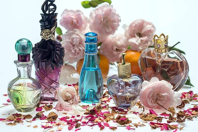 Still Life Roses Perfume · Free photo on Pixabay (21517)