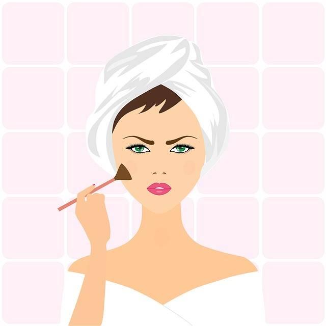Woman Applying Make-Up · Free image on Pixabay (41146)