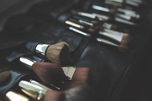 Brush Brushes Make Up · Free photo on Pixabay (41167)
