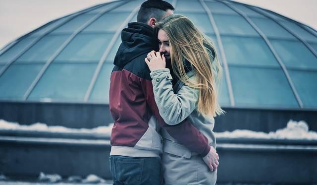 Couple Hugging Love · Free photo on Pixabay (58597)