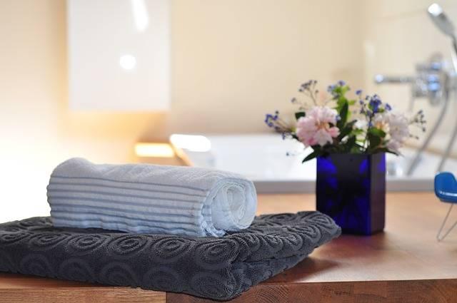 洗面台とバスタオル