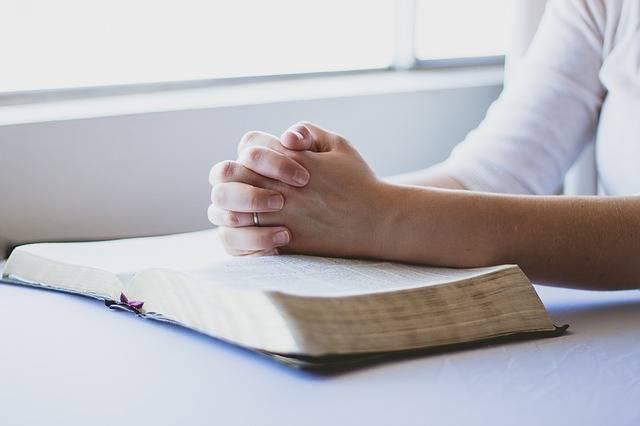 Prayer Bible Christian Folded · Free photo on Pixabay (73664)