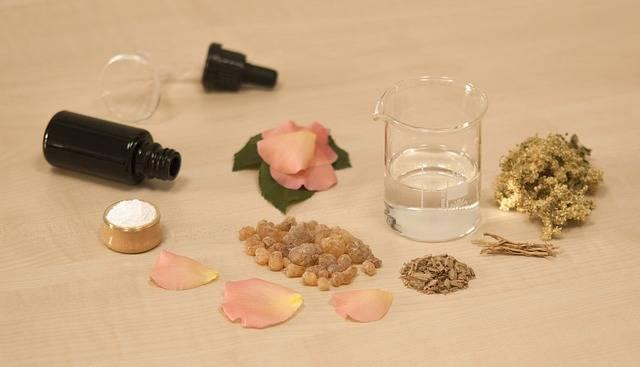 Creating Perfume Natural · Free photo on Pixabay (129159)