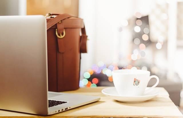 Desk Table Laptop · Free photo on Pixabay (130390)
