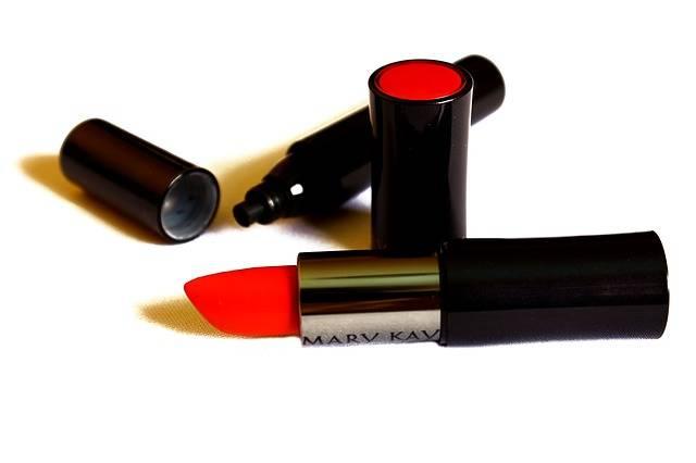 Makeup Lipstick Eyeliner · Free photo on Pixabay (140775)