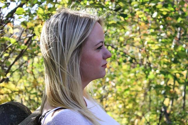 Woman Thinking Profile · Free photo on Pixabay (150244)