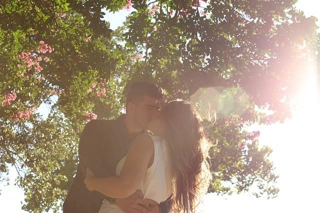 Kissing Romance Man · Free photo on Pixabay (153572)