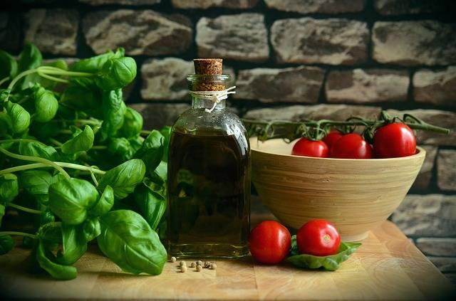 Olive Oil Tomatoes Basil · Free photo on Pixabay (154593)