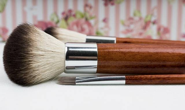 Makeup Brush Make Up · Free photo on Pixabay (164818)