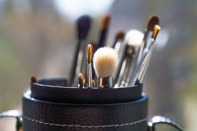 Brush Makeup Creativity - Free photo on Pixabay (174677)