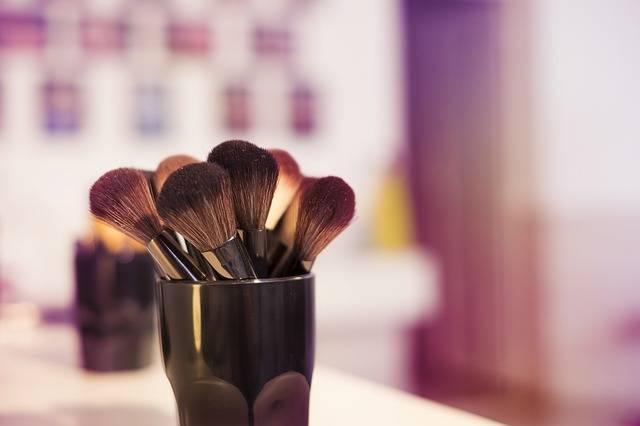 Makeup Brushes Artist - Free photo on Pixabay (174691)