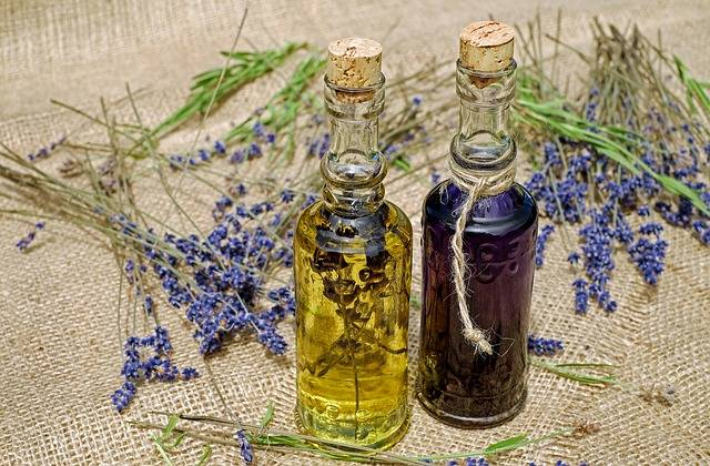 Bath Oil Lavender Fragrant - Free photo on Pixabay (179474)