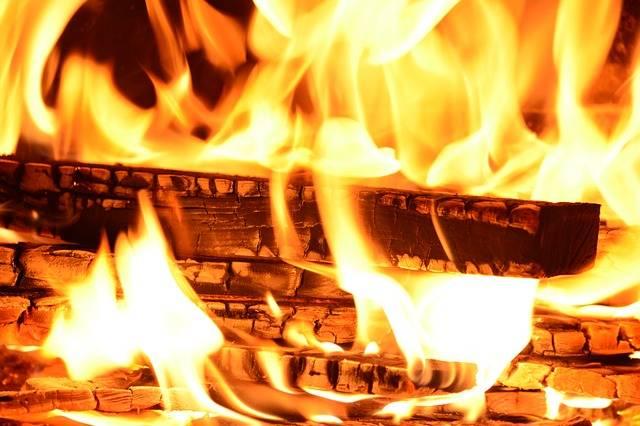 Fire Flame Wood - Free photo on Pixabay (180482)
