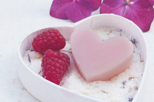 Soap Heart Pink - Free photo on Pixabay (181638)