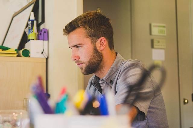 Man Work Desk - Free photo on Pixabay (209251)