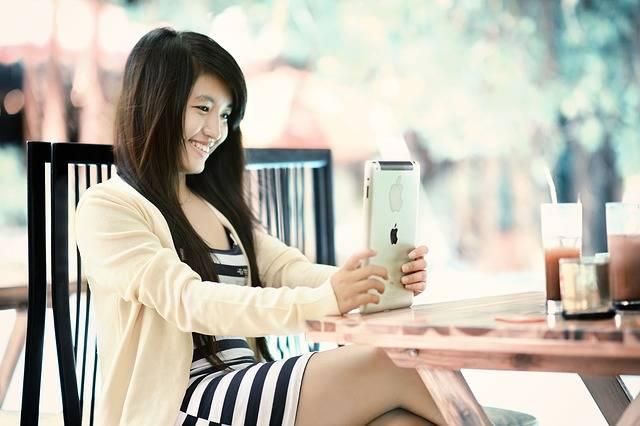 Ipad Girl Tablet - Free photo on Pixabay (210601)