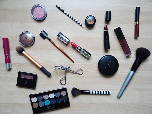 Makeup Lipstick Make-Up - Free photo on Pixabay (211444)