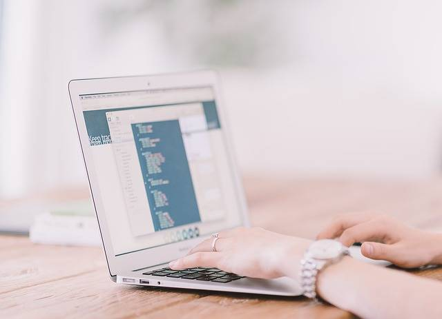 Laptop Typing Internet - Free photo on Pixabay (237516)