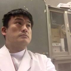 ・日本口腔外科学会専門医、日本口腔科学会認定医 見立英史