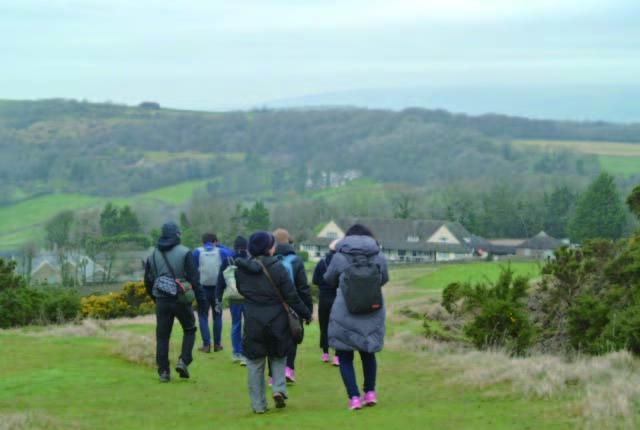 からだにいい旅 英国編:ゆったりのんびり歩きを楽しむ「フットパス」