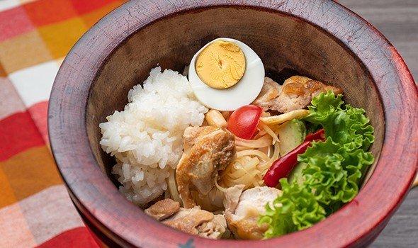 栄養満点!青パパイヤサラダ「ソムタム」の専門店がオープン