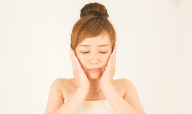「むくみ顔・腸ケアマッサージ」で、飲んで食べた翌朝もすっきり!
