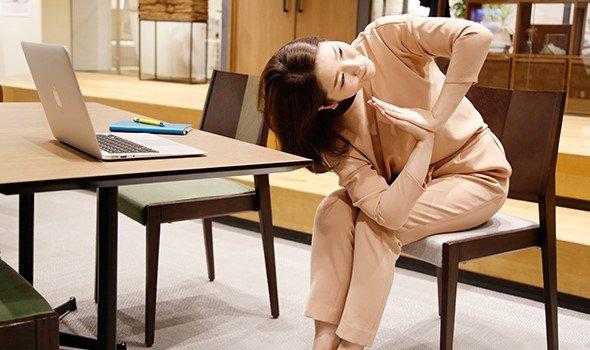 【連載】ストレスで心も体も疲れたときに「チェアヨガ」が効く理由