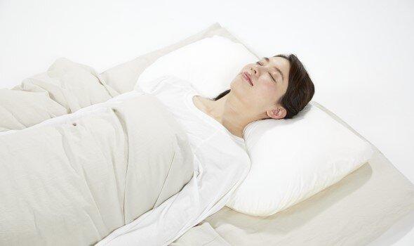 「朝の目覚め」がつらい人に。簡単セルフケア3選