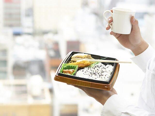 弁当とお茶写真
