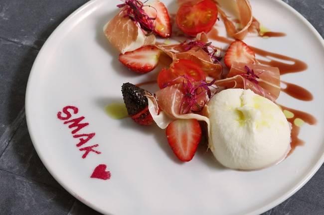 史努比主題餐廳「PEANUTS DINER 神戶」推出新美食!